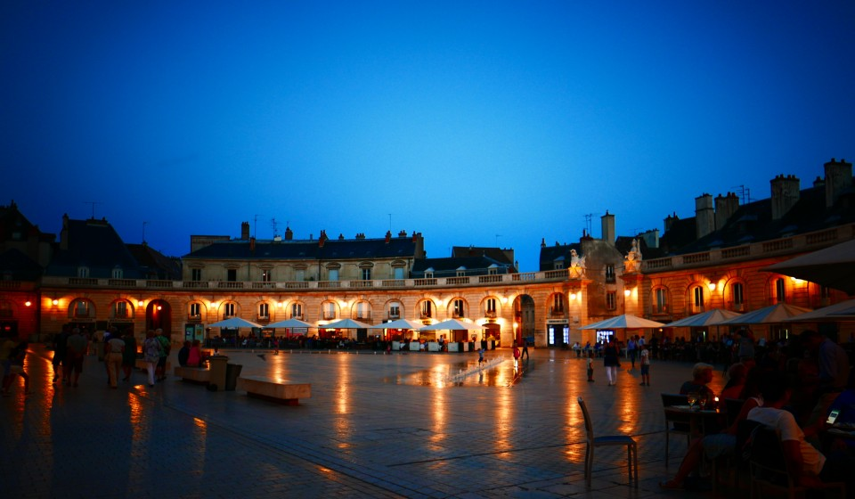 Dijon by night, Francia